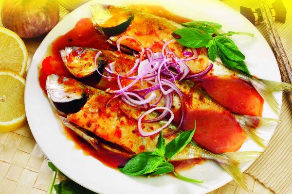 curry paste , satay sauce, laksa paste, chicken rice paste, spaghetti paste, rendang paste, fish paste, sambal paste,tomyam sauce, assam paste